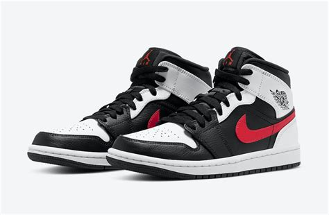 Air Jordan 1 Mid Black Chile Red White 554724 075 Release
