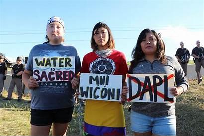 Pipeline Dakota Access North Protest Pipe Native
