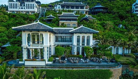 la maison intercontinental 174 danang sun peninsula resort la maison 1888