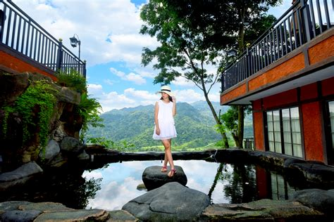travelingyukcom edensor hills villa resort sentul