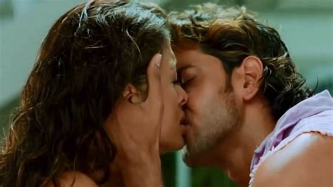 bollywood actress lip kiss images extremely hot kisses of bollywood actresses from anushka