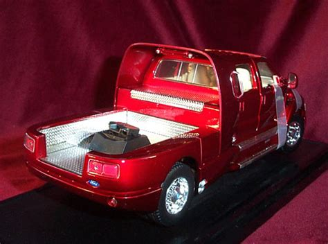 ford   super crewzer red yatming  diecast