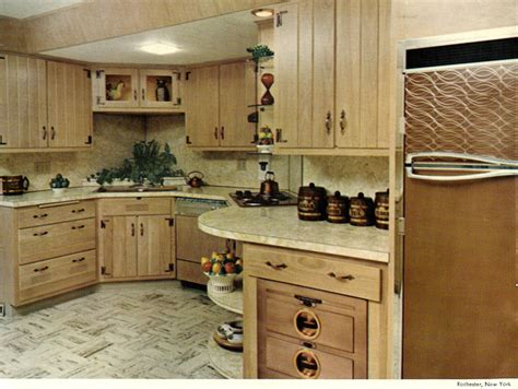 wood mode kitchens    show