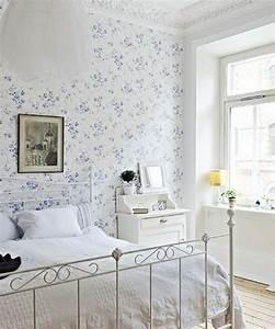 Tapeten Schlafzimmer Grau : tapeten landhausstil frische ideen wie sie die w nde verkleiden ~ Markanthonyermac.com Haus und Dekorationen