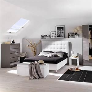 Coffre Pied De Lit : 10 id es originales pour l 39 agencement de votre chambre blog but ~ Teatrodelosmanantiales.com Idées de Décoration
