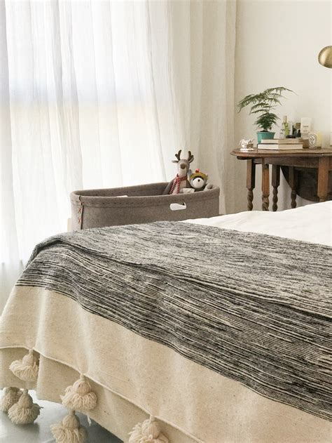 nestas nest baby bed handcrafted   natural