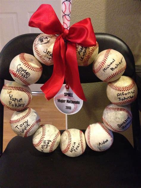 baseball wreath  lv crafts pinterest baseball