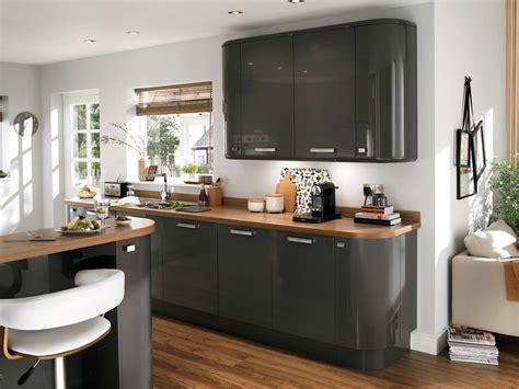 cuisine grise avec plan de travail noir couleur plan de travail cuisine fashion designs