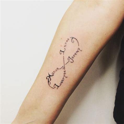 tatouage etoile prenom cochese tattoo