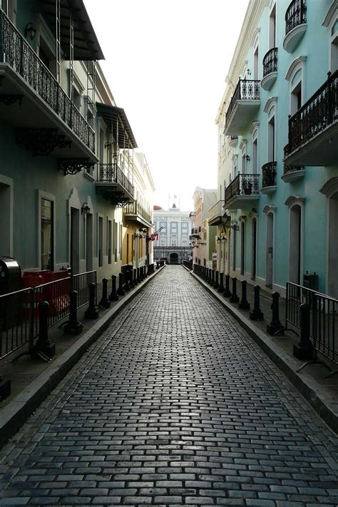 moving  puerto rico