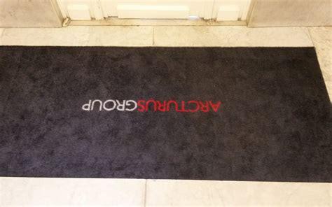 tapis personnalise avec logo 28 images votre tapis logo personnalis 233 tapis imprim 233