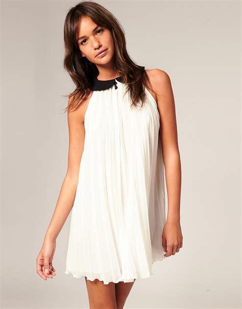 patīk šīs kleitas :)