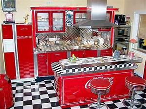 Amerikanische Küche Einrichtung : american warehouse ~ Frokenaadalensverden.com Haus und Dekorationen