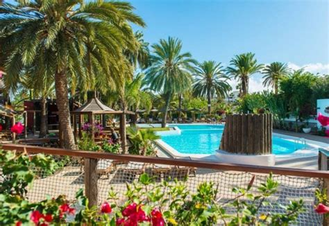 Hotel Bungalows Miraflor Suites In Playa Del Ingles, Gran. Hotel Grand Chancellor. Puente Real Puebla Hotel. Penticton Lakeside Resort. Neptun Beach Hotel. Clarum 101 Hotel. Vistabella Hotel. Moksha Himalaya Spa Resort. Tianjin Wealthy Hotel