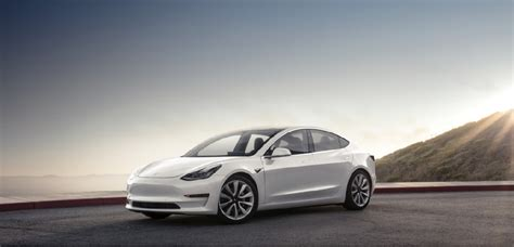 19+ How Much Is A Base Model Tesla Car Background