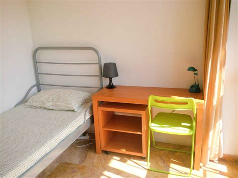 While rents climb in the pandemic. Rooms for rent in a lovely student house | Flat rent Rome