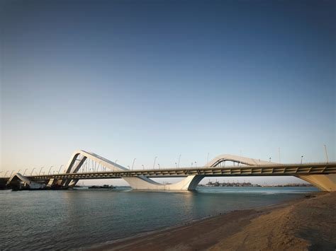 Zaha Hadid's Out of The World Architecture Designs - Arpin ...