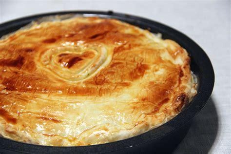 cuisiner une saucisse de morteau tourte à la saucisse de morteau not parisienne