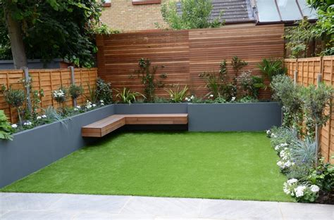 small garden design fake grass low mainteance contempoary