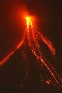 Major volcanic eruption feared in Philippines