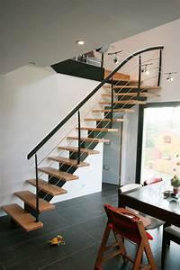 U00eele Drennec   Escalier M U00e9tallique Et Bois  Avec Des Fer