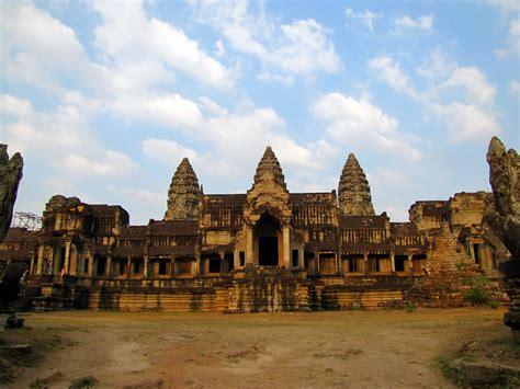 Angkor Wat Cambodia Beautiful Places To Visit