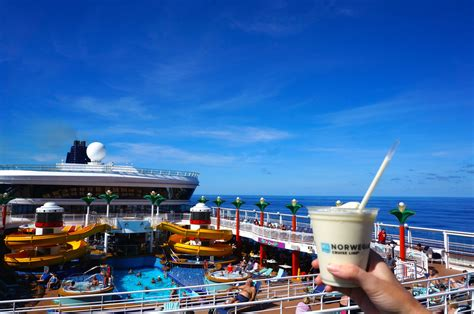 Boat Day Drinks by 10 Proven Ways To Drink For Cheap On A Cruise Ship