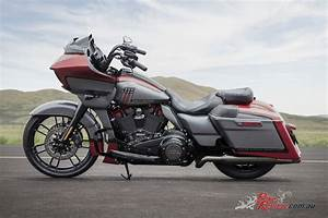 Harley Davidson 2019 : harley davidson announce three new 2019 cvo models bike review ~ Maxctalentgroup.com Avis de Voitures