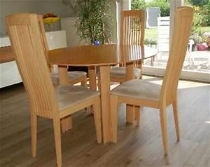 Runder Esstisch Mit Stühlen : runder esstisch ausziehbar mit st hlen von tonon lindau ~ Lizthompson.info Haus und Dekorationen