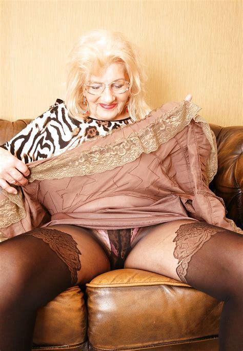 Please Lift Your Skirt Or Dress 2 29 Pics Xhamster