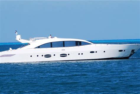 yacht kaufen gebraucht gebrauchte shama 118 sport luxusyacht kaufen gebraucht luxusyachten verkaufen gebrauchte
