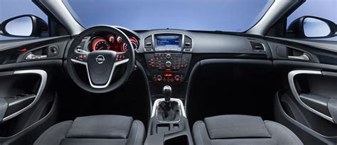 opel insignia  picture