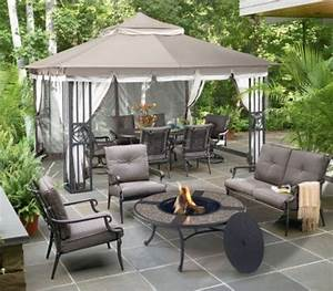 ouside patio oasis