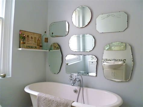 hang  display  vintage mirrors decorators