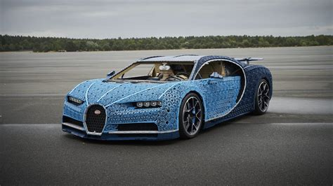 Earlier this year, lego presented a 1:8 scale kit of the chiron, so for the next challenge, it aimed bigger. Lego Built a Full-Size Bugatti Chiron That Actually Drives