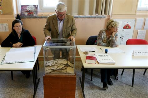 bureaux de vote le d 233 fi des maires pour recruter des assesseurs