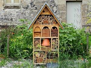 Fabriquer Un Hotel A Insecte : fabriquez un h tel insectes avec vos enfants alfred ~ Melissatoandfro.com Idées de Décoration
