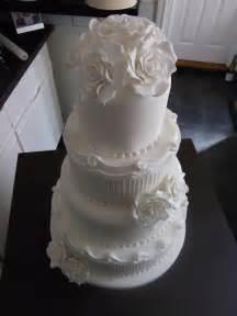 white wedding cakes the cake co white wedding cake