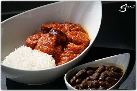 cuisine r騏nionnaise rougail saucisse rougail saucisse les 5 sens en cuisine