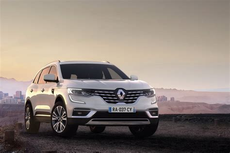 The renault koleos is a compact crossover suv which was first presented as a concept car at the geneva motor show in 2000, and then again in 2006 at the paris motor show, by the french manufacturer renault. Renault présente le Koleos restylé (2019) - Autobip