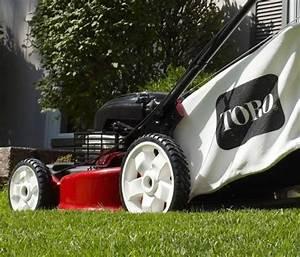 Toro Recycler 20339 Smartstow 22 U0026quot  Walk Behind Push Lawn