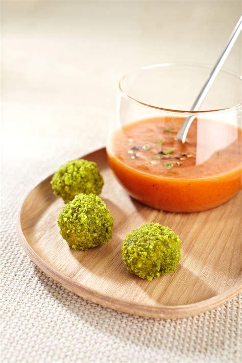 recette canapes pour aperitif recette petites bouchees de thon en gaspacho