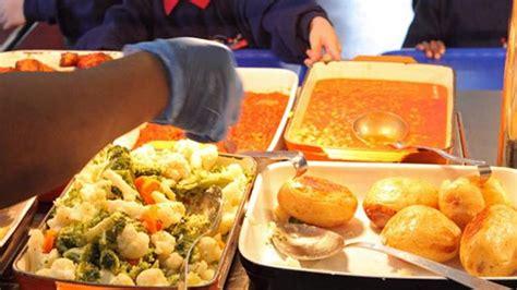 food supplier suspended  uae school hit  poisoning
