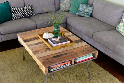 bureau industriel metal bois diy fabriquer une table palette à pieds en épingles