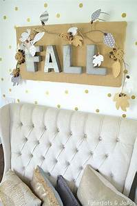 Diy burlap crafts for fall and holidays shelterness