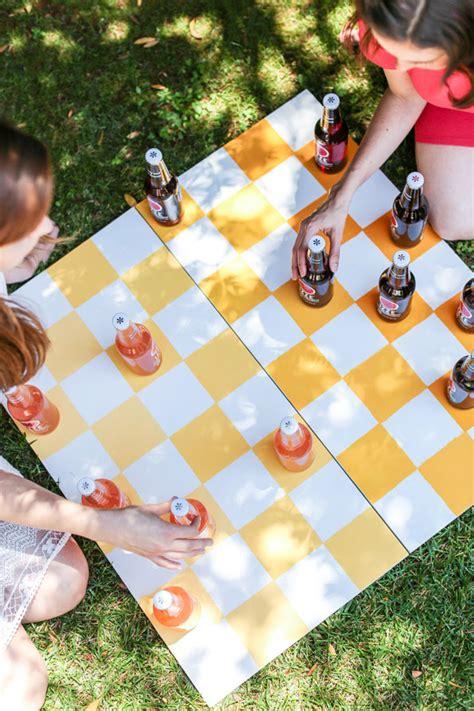 game  check  diy outdoor checkers board evite