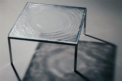 beautiful table  frozen ripple effect   surface