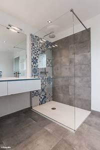 Style De Salle De Bain : relooking et d coration 2017 2018 salle de bains et ~ Teatrodelosmanantiales.com Idées de Décoration