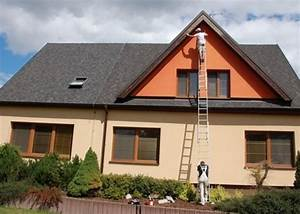 Nátěr podbití střechy cena