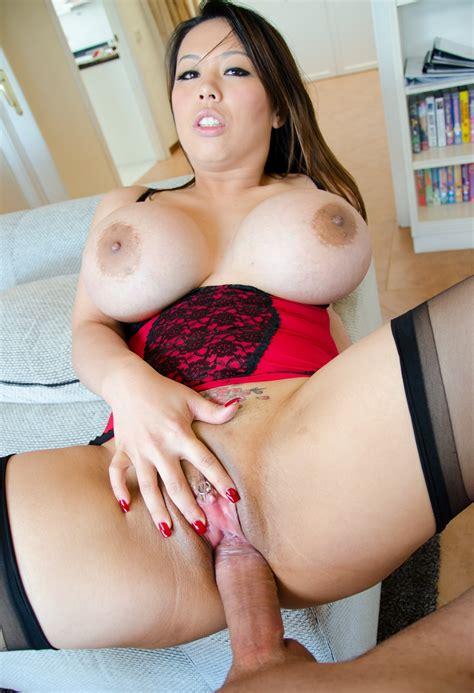 Big Boobs Tit Fuck Hot Porno